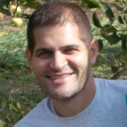 Noah Malewicz headshot